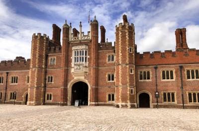 Outside of Hampton Court Palace