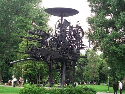 One of the sculptures in Zurichhorn Park