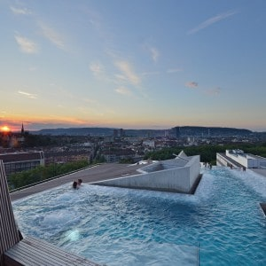 The rooftop spa in the Thermalbad and Spa in Zurich
